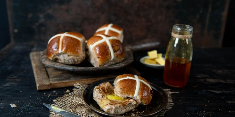 sweet and seasonal easter buns